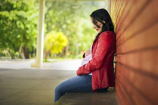 Simptome sarcina – Oare am ramas insarcinata? // Primele semne de sarcina